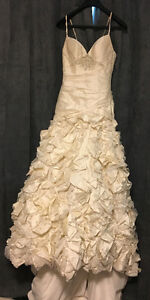 GORGEOUS pure silk champagne colour wedding dress!!!