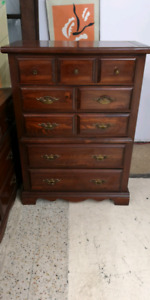 Dresser 5 drawer only $75 plus taxes