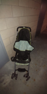Combi Folding Single Stroller - Barely used!