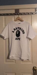 Men's Bape t-shirt (medium)