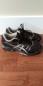 Asics Court Shoes: Women Size 6 or Boys/Girls Youth Size 4.5