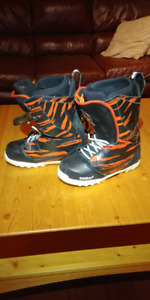 Thirty Two MIS Crab Grab, Snowboard Boots Men's Size 9
