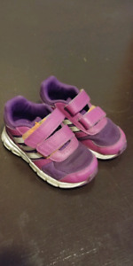 Adidas size 7 running shoes