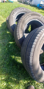 "18"" MICHELLEN TRUCK/SUV TIRES FOR SALE"