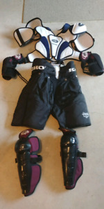 SR Size L Hockey Gear