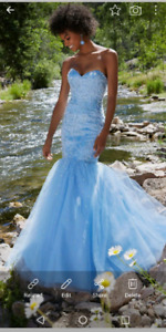 Formal prom gown