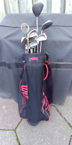 Wilson Stand/Carry Golf Bag with Leftie Golf Clubs