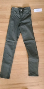 Womans small jeggings pants