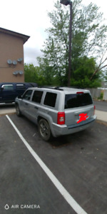2007 Jeep patriot Sport 4X4 4000 OBO