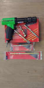 Snap-On Super Duty Air Hammer + 5 Attachments