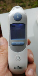 Braun Thermoscan Ear Thermometer * like new *