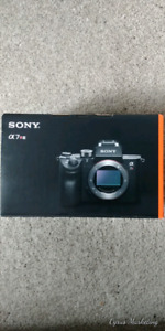 Sony A7R III Kit + 2 year protection plan