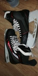 Size 11 ccm jetspeed skates.