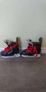 Boys Bauer Hockey Skates size 13