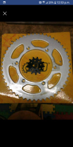 Sprockets YZ250