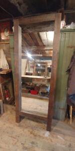 Miroir (fabriqué avec du bois de grange)