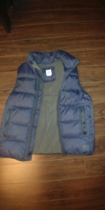 Boys Gap Vest Size Small (for 6-7 year olds)