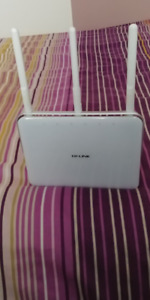 TP LINK Router AC1750 C8 Series