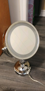 Light-Up Double Sided Mirror