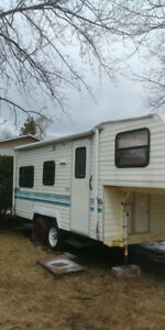 roulotte fifth wheel Prowler 21pi