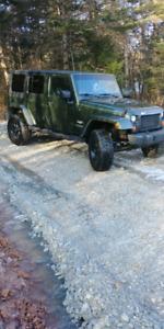 Jeep sahara wrangler jk