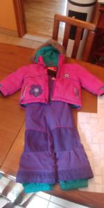 Ensembles de neige ( suit d'hiver ) pour fille taille 2 ans