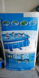 Above ground pool, salt water filter and complete accessories