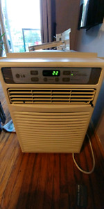 LG 9,500 BTU window AC