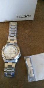 Automatic Seiko mens watch for sale