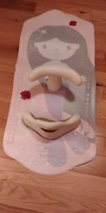 Baby bath holder
