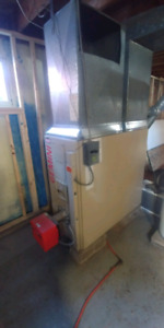 Furnace and oil tank