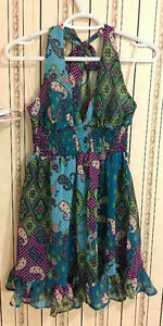 Brand new with tag pretty green floral dress, size M