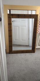 Storage unit / Mirrors