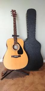 Quality EUC Yamaha Acoustic Guitar with hard case