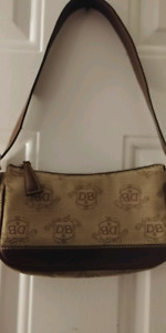 Dooney& Burke Shoulder Bag