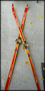 ~ Real~ OLD WOODEN SKIS - Made in NORWAY ( Splitkein )