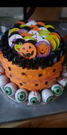 Halloween Cakes (Ready to prebook)