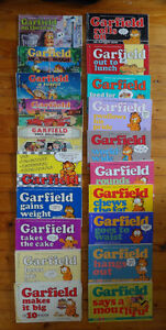 Collection of 20 Garfield Comic Books