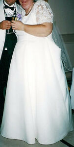 Size 28/30 Wedding Dress