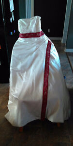 Size 16 wedding dress Kawartha Lakes Peterborough Area image 1