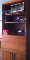 Solid Wood Dining Room Hutch/Display Cabinet