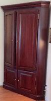armoire en coin en bois