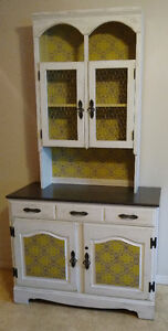 Country Kitchen Hutch/Buffet