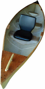 16ft Canoe with rod holders