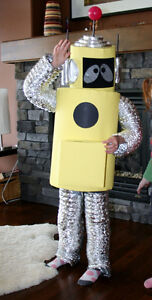 Yo Gabba Gabba! Plex / Robot costume to fit up to 5 years old