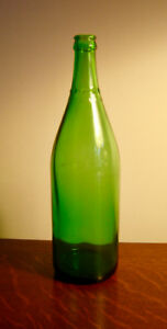 Beautiful Green Antique Canada Dry Limited Bottle - 1950's
