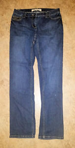 Women's Jeans - great condition - Old Navy and Contrast $10 each Peterborough Peterborough Area image 2