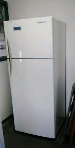 Westinghouse Frost Free 393L Fridge/Freezer