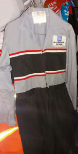 ********** USED GM COVERALLS *********