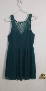 Forever 21 Green Lace Dress Medium